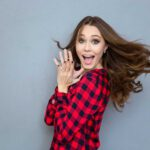 10 Funny Things All Women Do