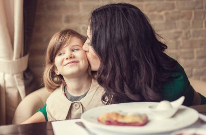 4 Don'ts of Great Parenting For Moms