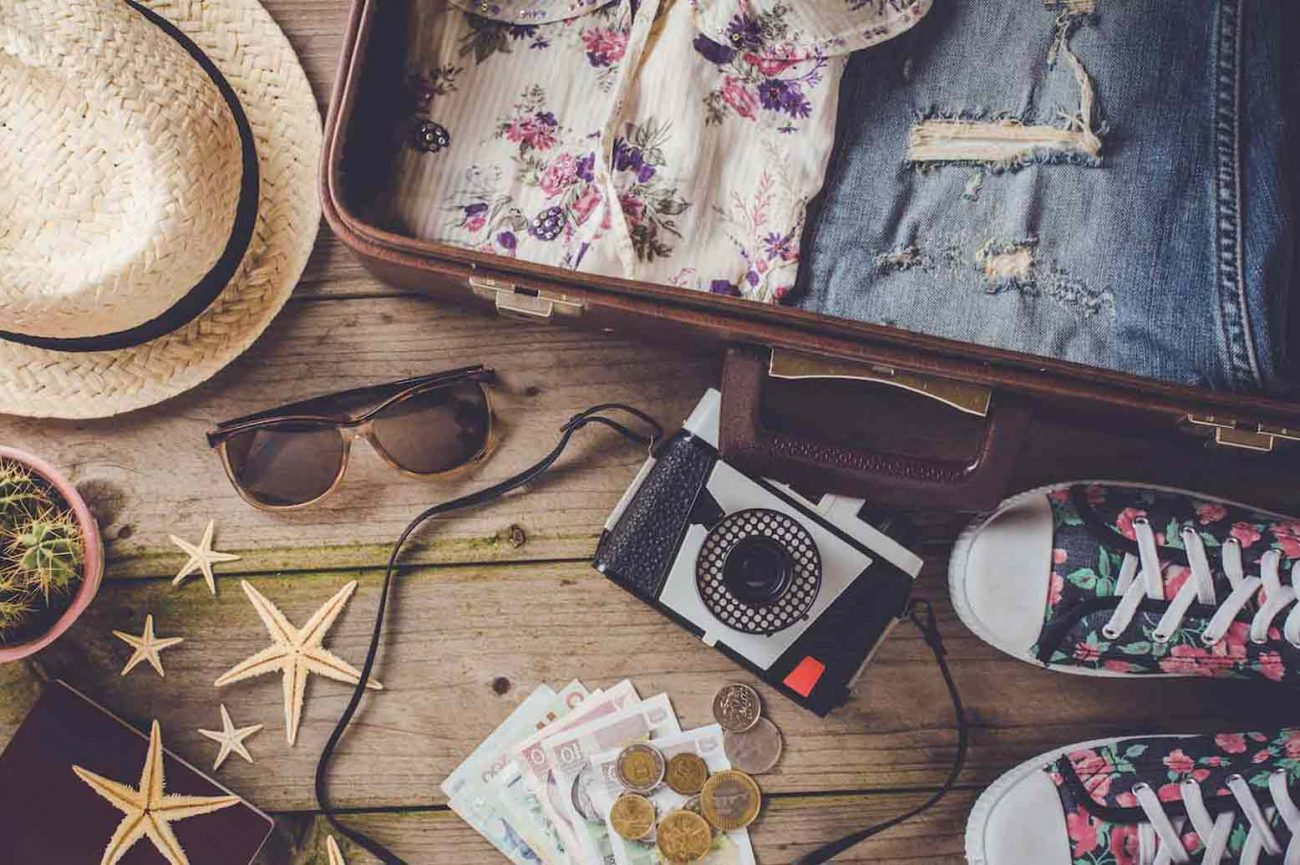 10-Tips-for-Packing-When-You-Need-to-Travel-Light