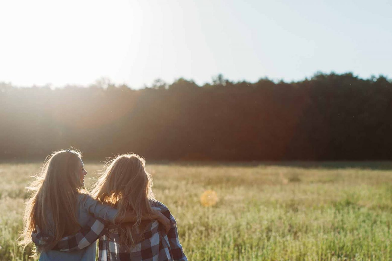 Why You Want to Be a Bucket-Filler Kind of Friend
