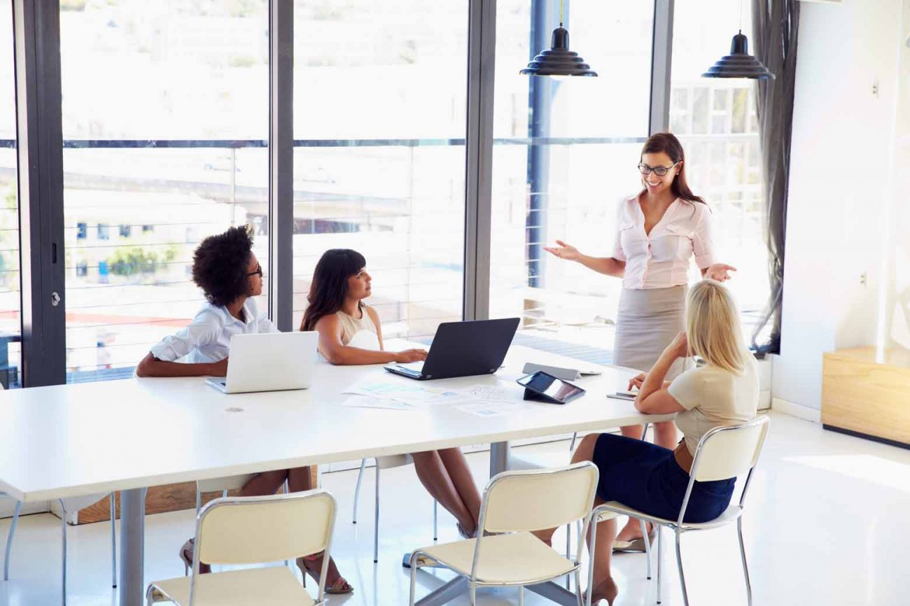 10 Ways to Be a Great Boss and How to Manage Your Team