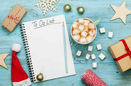 20 Holiday Necessities You Need to Buy at the Dollar Store