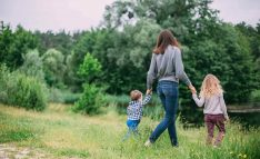 8 Things Moms Should Say to Raise Strong Kids