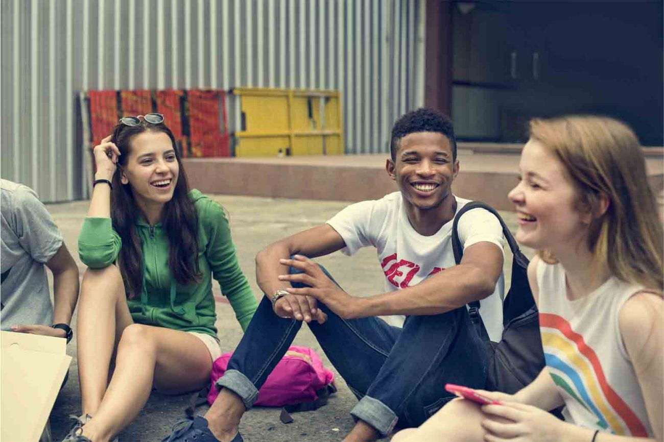 Teach Your Teen How to Be Social in an Online World